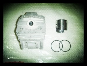 Cylinder and piston kit for Sprayer