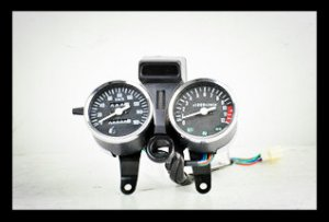 GS125,150 Speedometer with Oil Level