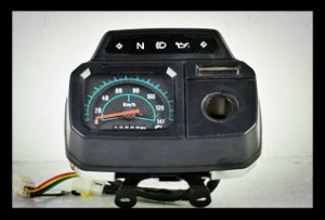 AX100 Motorcycle Speedometer with stalls